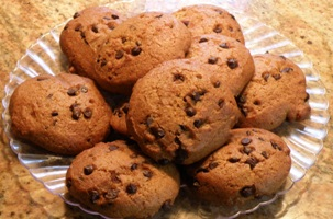 Pumpkin chocolate chip cookies WARNING! Pumpkin Chocolate Chip Cookies May Be Addicting